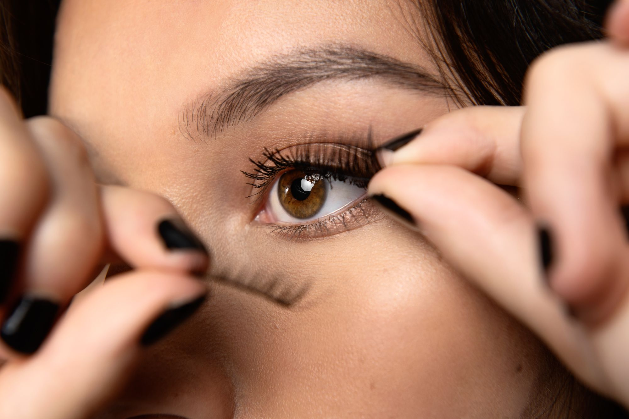 All you need to know about magnetic lashes, the break-through innovative beauty product