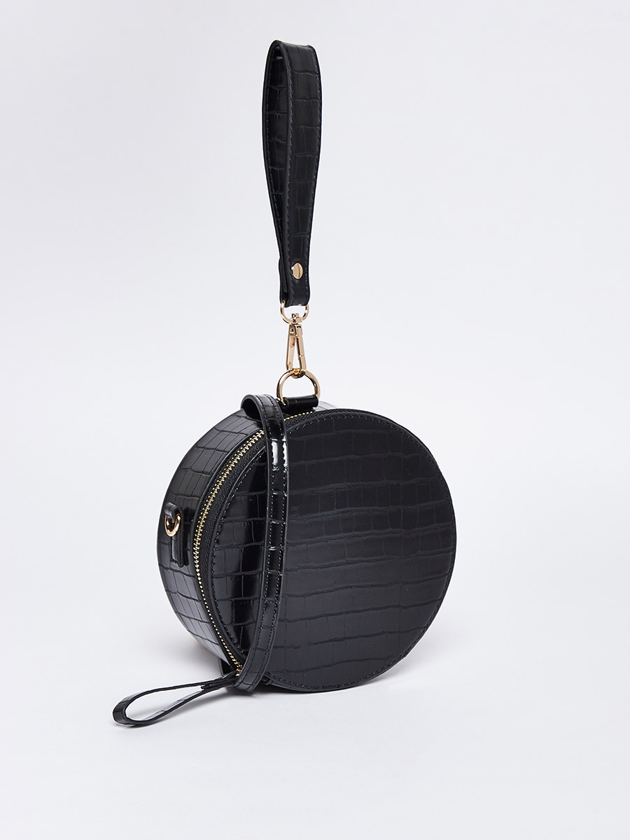 Get this round shoulder bag with a long strap cheaper - use Styli discount code
