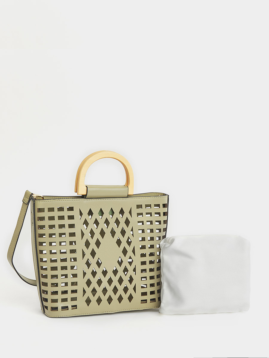 Use styli discount code and get Laser cut tote bag