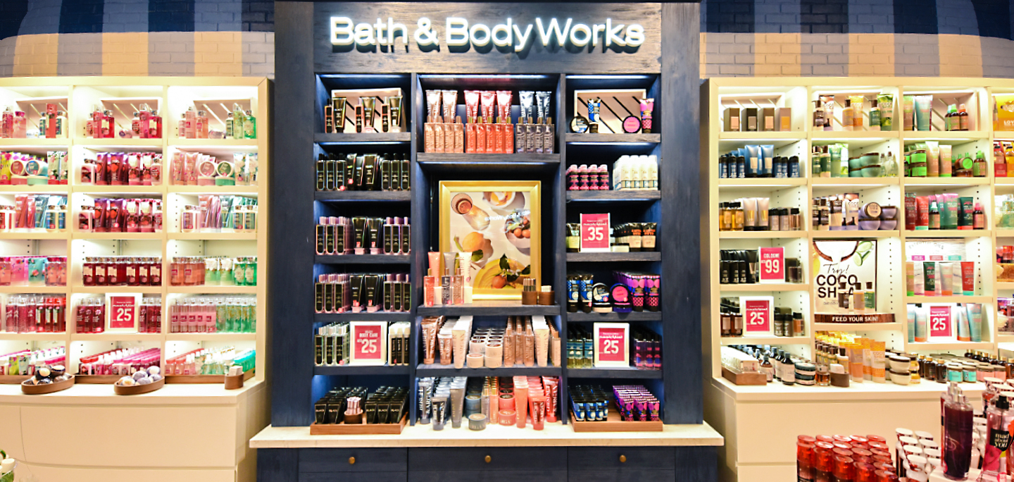 Bath and Body Works Dubai Mall: Your shopping paradise<div><span style='color:#a0a0a0;font-size:16px;text-transform:none;line-height:1.1'>Get access to the best collections and fragrance sets from this top brand.</span></div>