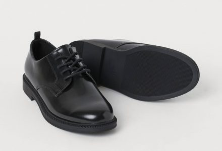 Holiday outfits Black Oxford Shoes
