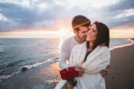 Surprise your girlfriend on Valentine's Day