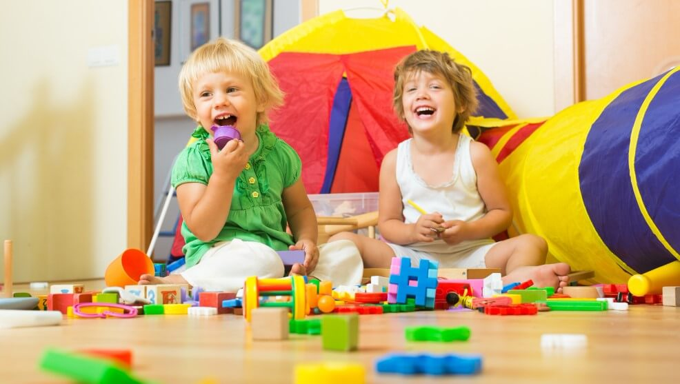 Toys R Us Philippines & our top picks from here<div><span style='color:#a0a0a0;font-size:16px;text-transform:none;line-height:1.1'>Surprise your little ones with the best of play sets, dolls and cars.</span></div>