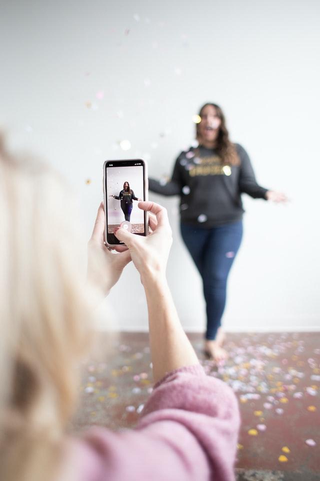 Enjoyable glitters video shoot TikTok