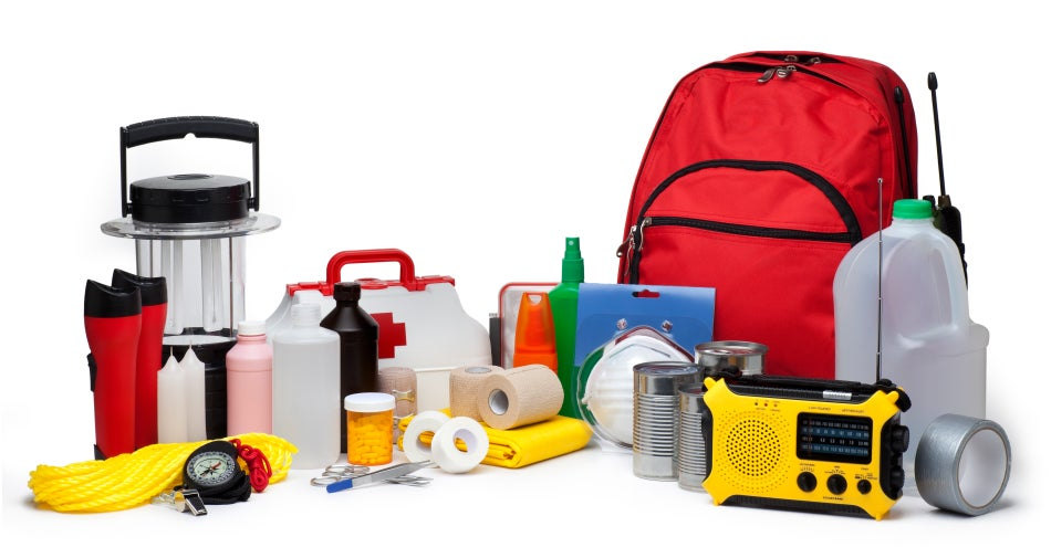 How to build an emergency kit to fight natural disasters
