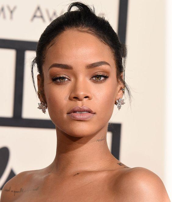 Rihanna Nude look