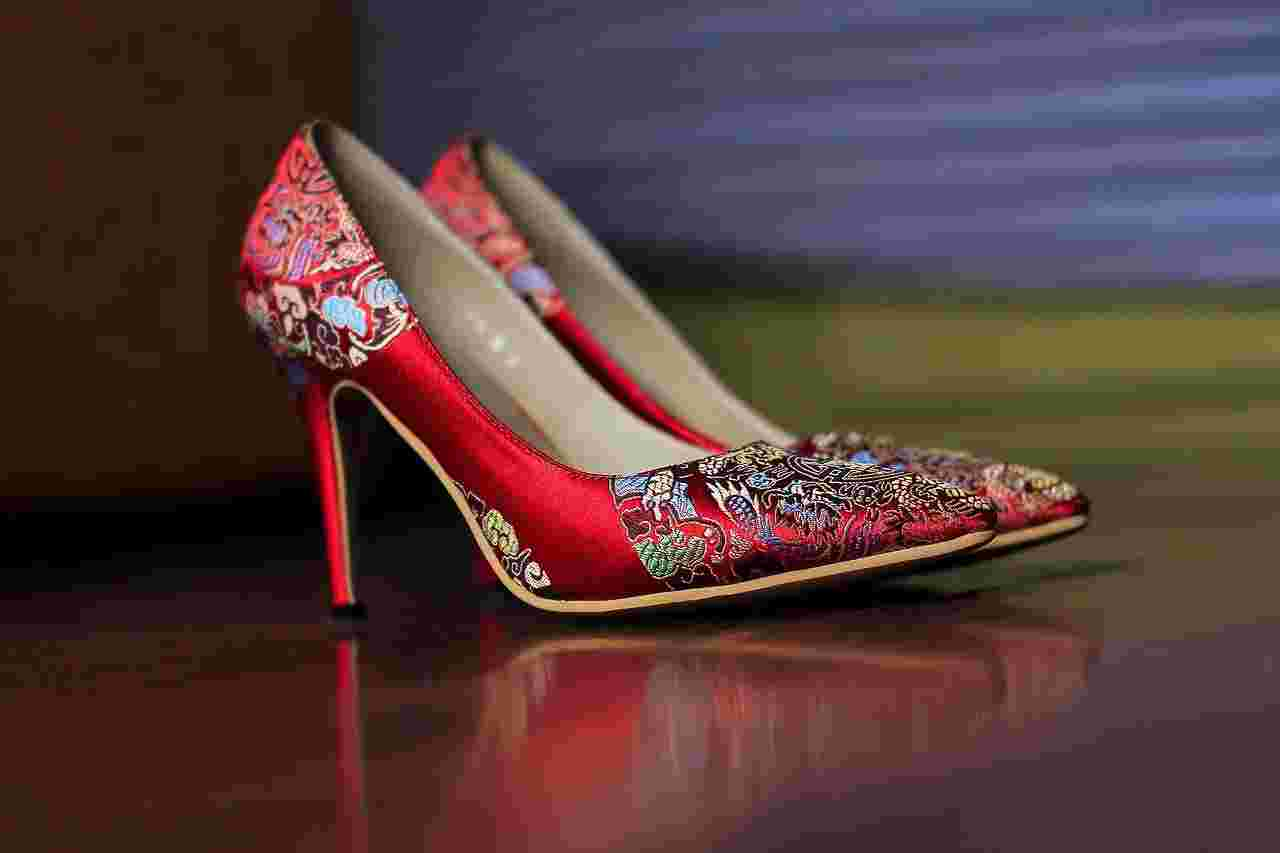 Friendship day gifts shoes
