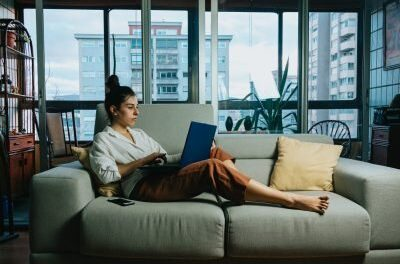 5 furniture stores in Dubai bringing the 'It'-factor!
