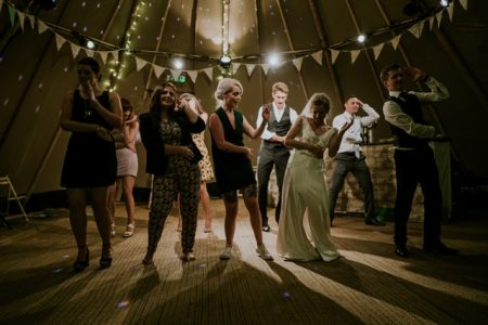 New years eve party ideas at home - dance