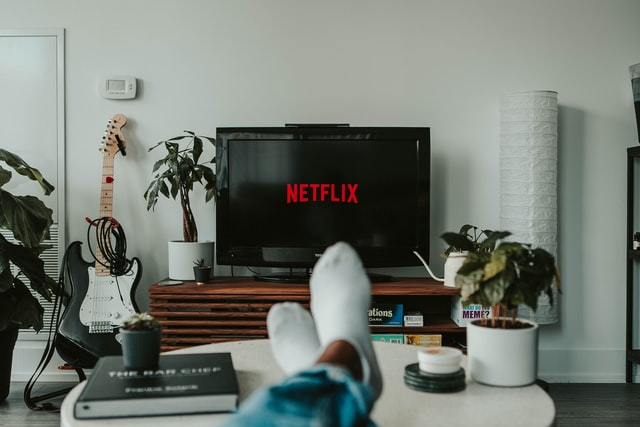 10 best Smart TVs in UAE for all budget type<div><span style='color:#a0a0a0;font-size:16px;text-transform:none;line-height:1.1'>Check out the best smart TVs for smart people!</span></div>