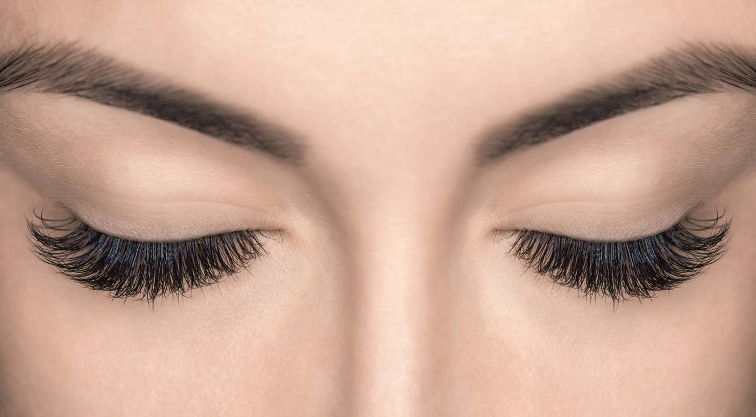 Top 5 eyelashes under AED 10 for an everyday glam look