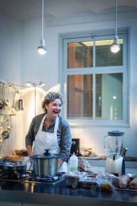 happy homemaker - best budget kitchen appliances