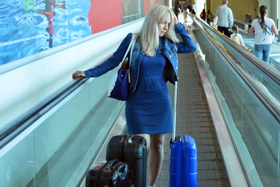 10 travel essentials for a smooth summer vacation