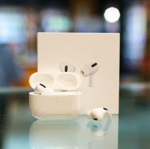 apple air pods - cool tech gadgets 2020